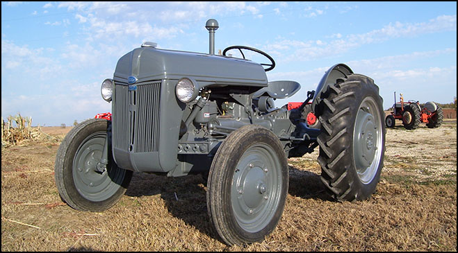Restored Ford 9n : Don s tractor repair restorations n ford